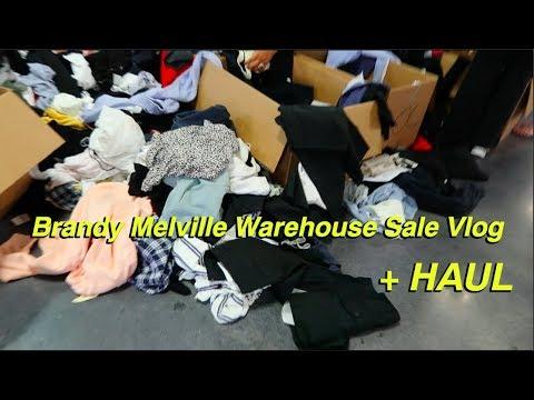 sneaker warehouse melville