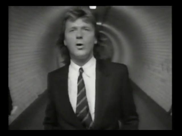 asia-days-like-these-music-video-john-wetton-tate-smith