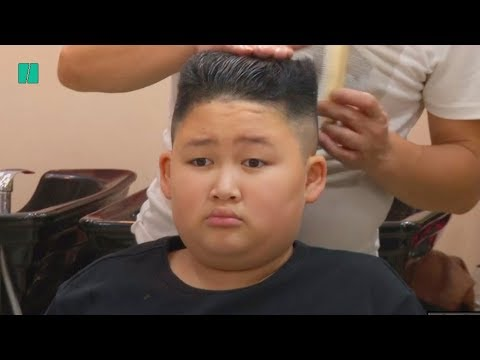 Tamo - Barber Is Giving People Free Donald Trump or Kim Jong-Un Haircuts