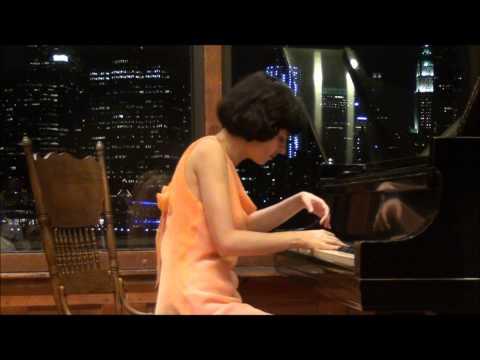 Binnette Lipper's Dalliance. Nataliya Medvedovskaya, Pianist.
