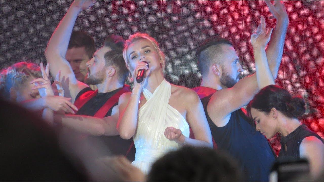 Полина Гагарина, занявшая второе место на «Евровидении» в году, в...