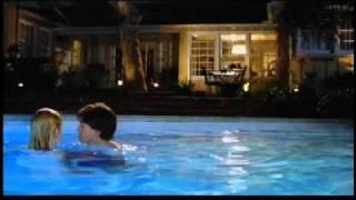 The Girl Next Door - Official Trailer (La Chica De Al Lado) 2004