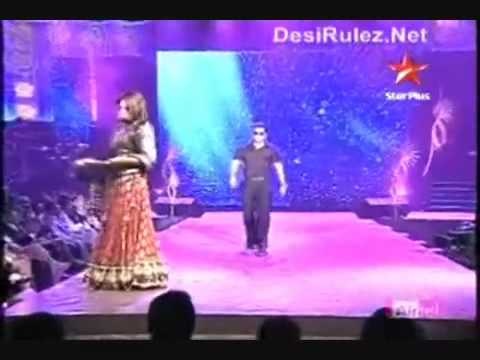 Salman Khan and Sonakshi Sinha Dabangg on the Ramp IIFA 2010  better Quality