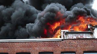 Montreal : Heavy flames during structure fire - Incendie de bâtiment majeur / 09-05-19