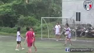 Bình luận Full chết cười với trận bóng đá nữ kinh điển nhất quả đất   Cre : Tuyền Văn Hoá