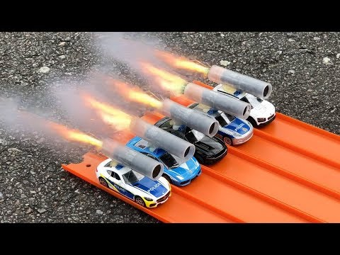 HOT WHEELS POLICE CARS ROCKET POWERED RACE !!