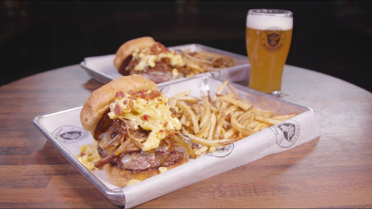 Chicago's Best Burger: Crusade Burger Bar - YouTube