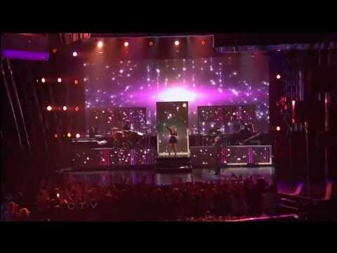 Feel This Moment Pitbull ft Christina Aguilera Billboard Music Awards 2013