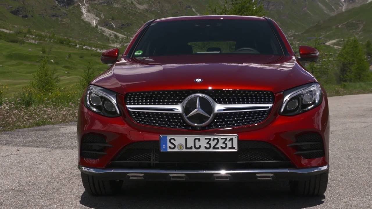 mercedes benz glc 350 d 4matic coupe exterior design in red metallic automototv youtube. Black Bedroom Furniture Sets. Home Design Ideas