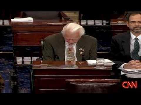 Senator Byrd weeps over Ted Kennedy's tumor