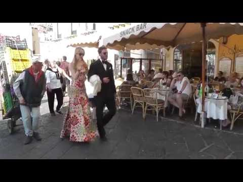 Pierre Casiraghi e Beatrice Borromeo elegantissimi a Capri