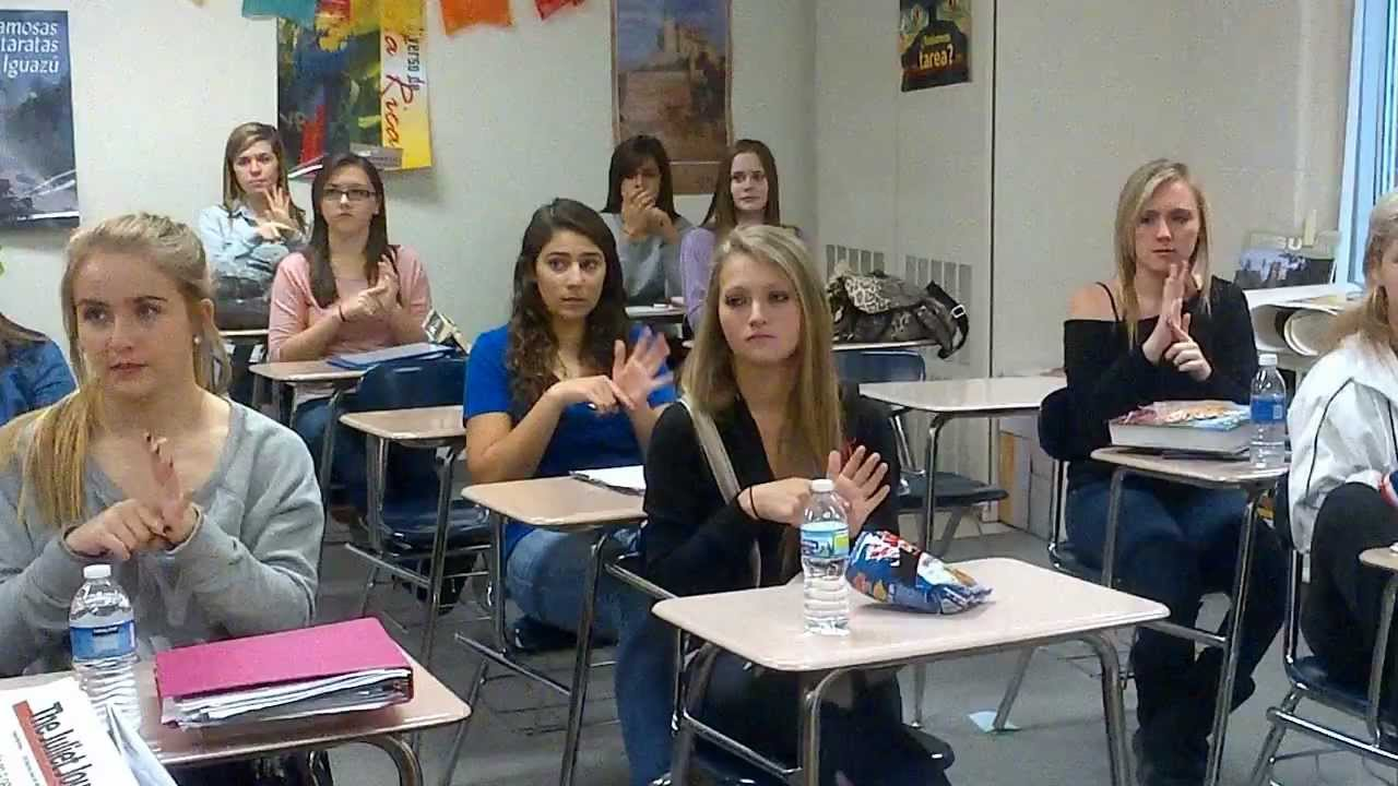 Romeo High School- American Sign Language Class signing to ...