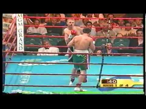Julio Cesar Chavez JR vs Jason Smith