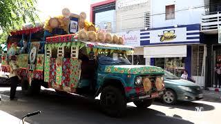 Passeio do Caminhão do Forró pelas ruas da cidade marcou a abertura do...