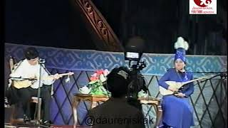 Абаш Какенов пен Елена Әбдіхалықова. Наурыз айтыс 2002. Шымкент.