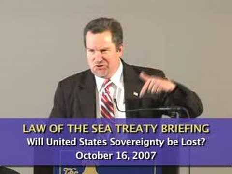 Cliff Kincaid: Will United States Sovereignty Be Lost?