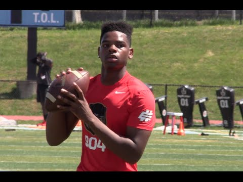 QB || Isaiah Robinson '17 :  The Avalon School (MD) Junior Year Spotlight