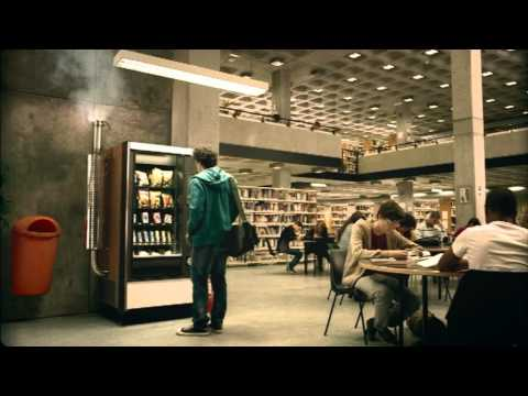 Funny Renault Ad Imagines World Without Electricity