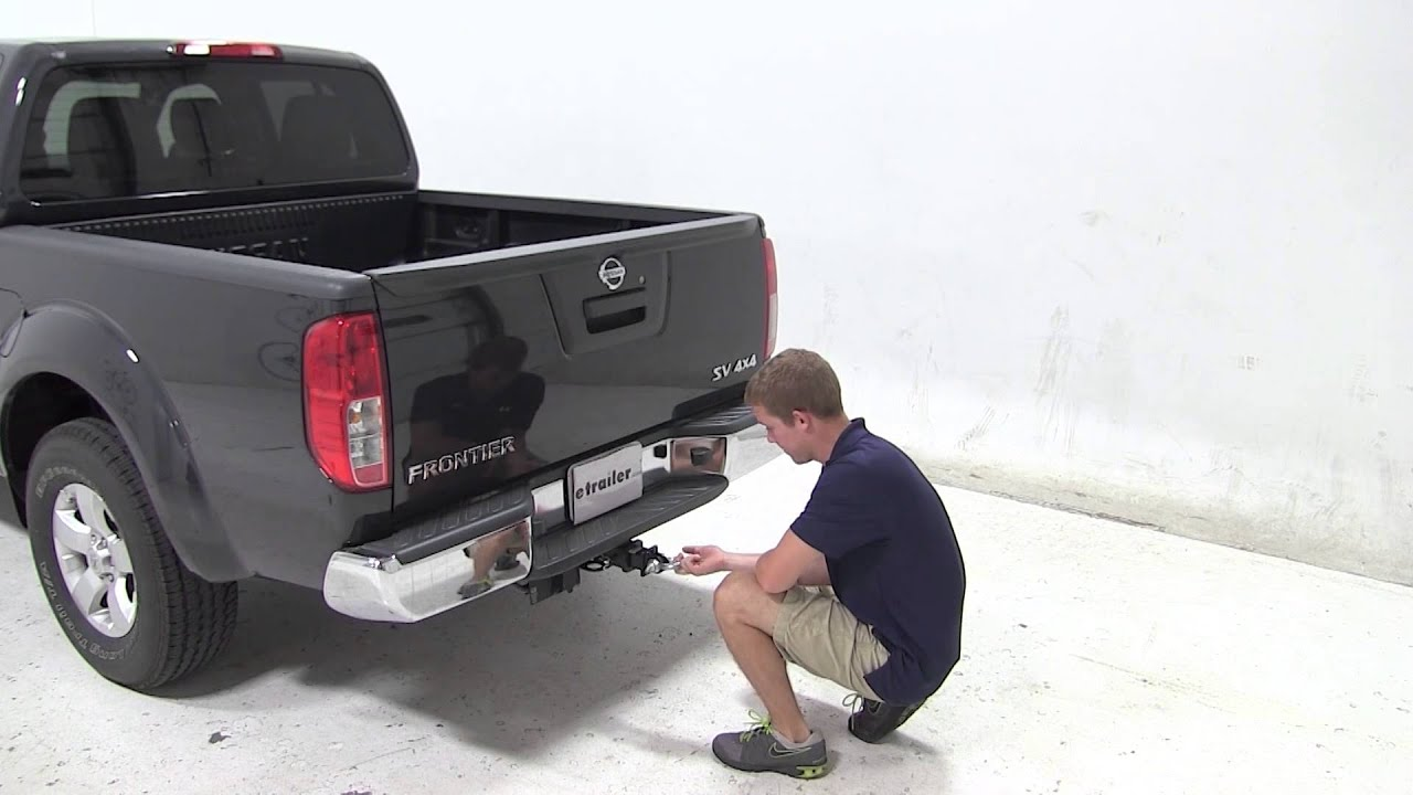 review of the maxxtow tow strap loop on a 2013 nissan frontier youtube. Black Bedroom Furniture Sets. Home Design Ideas