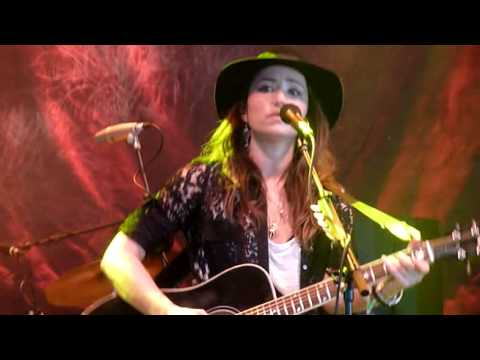 KT Tunstall - Carried (Live at Glastonbury Festival 2013)