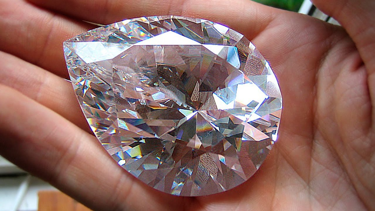 Top Most Beautiful and Biggest Diamond Ever Found in History