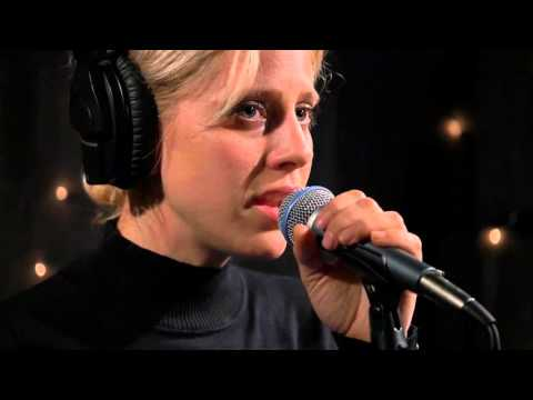 Doe Paoro - Growth Decay (Live on KEXP) mp3