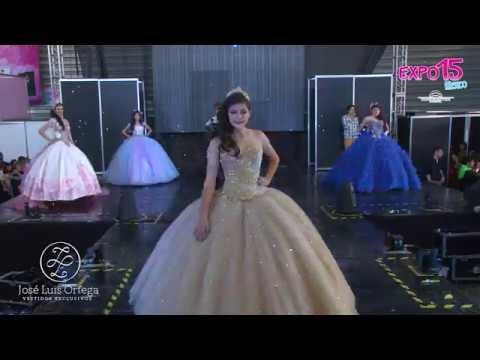7861cd772 Expo 15 Vestidos estilo época para tus 15 años - YouTube