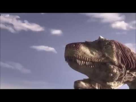 Gigantoraptor vs Alectrosaurus! (Planet Dinosaur)