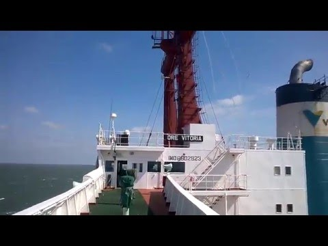 Life At Sea - Inside The Bridge On A Bulk Cargo Ship (Part 2)