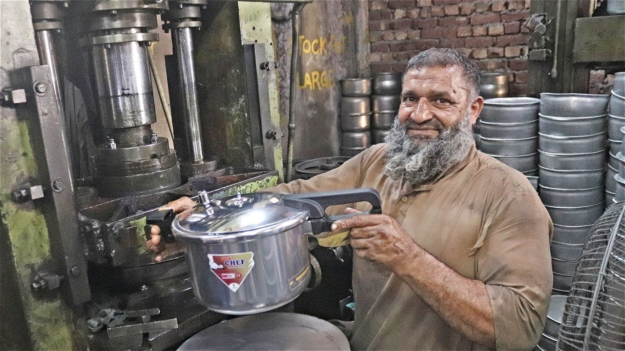 Amazing Pressure Cooker Making  in Factory Process  with 60 Years Old of History