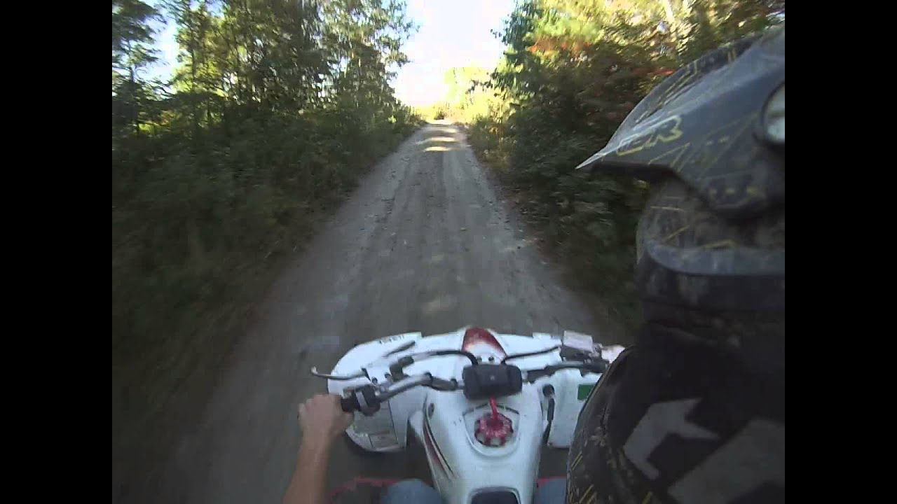 YFZ 450 passing cars and top speed - YouTube