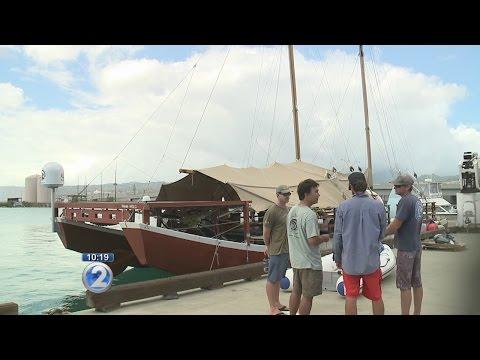 Hikianalia setting sail on northwest voyage to Niihau, Nihoa