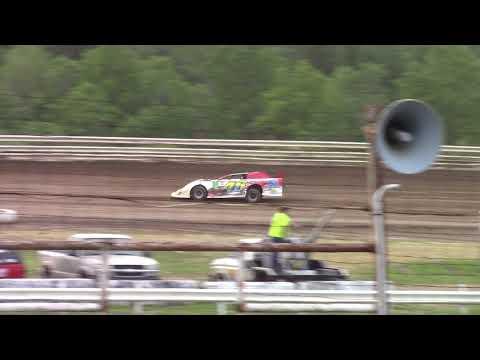 Hummingbird Speedway (6-9-18): Swanson Heavy Duty Truck Repair Semi-Late Model Heat Race #1