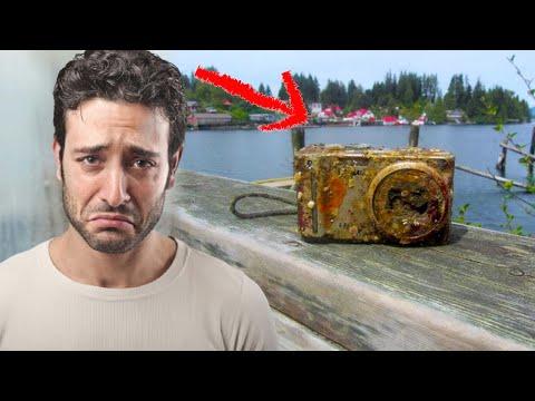 Дайверы находят старую фотокамеру, лежащую на дне океана и смотрят снимки с неё