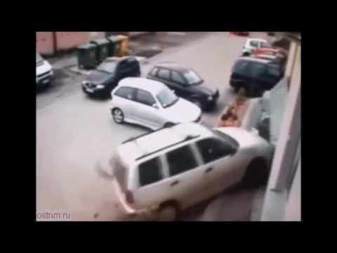 женщины за рулем видео приколы смотреть бесплатно