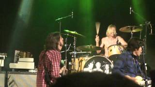 Foo Fighters & John Fogerty - Born on the Bayou