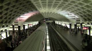 HD-WMATA Metro Trains at Le