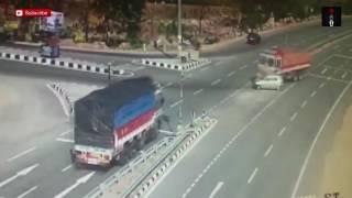 Жесткая авария в Индии.