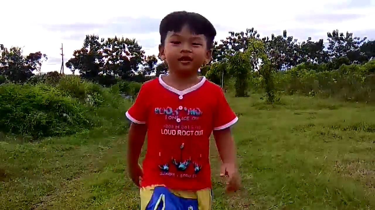 Lari Pakek Sandal Mama Lagu Aku Anak Sehat Youtube