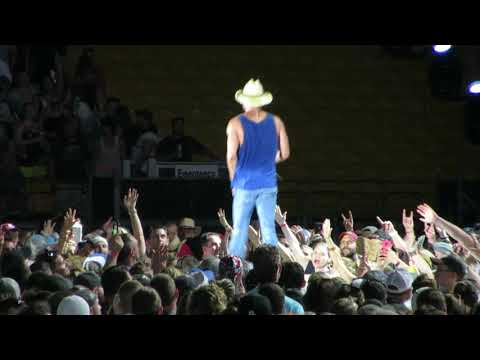 "Kenny Chesney - ""All the Pretty Girls"" - Pittsburgh 6-2-2018"