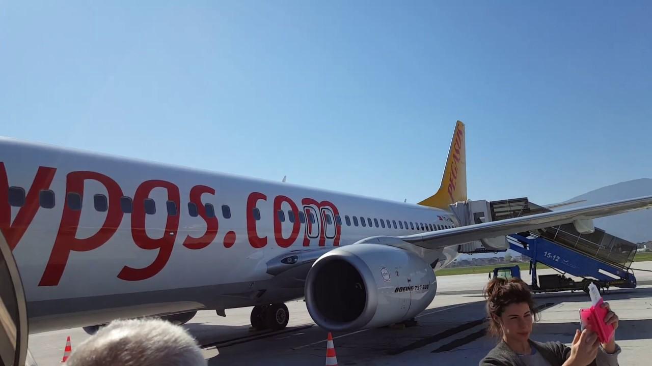 Boarding At Sarajevo Airport Pegasus Airlines Tc Aal