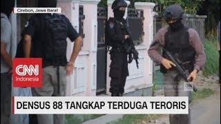Download Video Densus 88 Tangkap Terduga Teroris di Cirebon MP3 3GP MP4