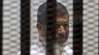 محكمة جنيات القاهرة تأجل النطق بالحكم في قضية الرئيس المعزول محمد مرسي   2-6-2015