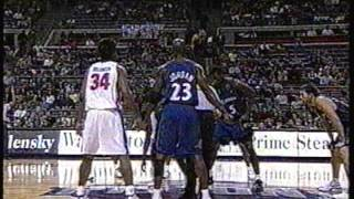 Michael Jordan's Very First Game as a Wizard (Preseason 2001-2002)