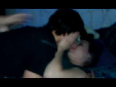 Here TV Threesome (207): Dealing With Public Display Of AffectionKaynak: YouTube · Süre: 1 dakika33 saniye