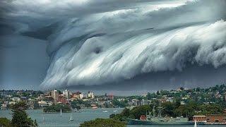 Онлайн съёмки цунами  Разрушительная волна  Tsunami caught on camera part1