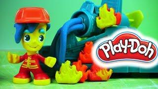 Play Doh Town • Remiza Strażacka • Pożar • Bajki i kreatywne zabawki