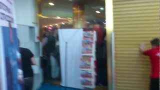 атака болельщиков магазина МВидео в галерее, Халк(Фотосессия с Халком и Витселем., 2012-11-23T19:31:15.000Z)