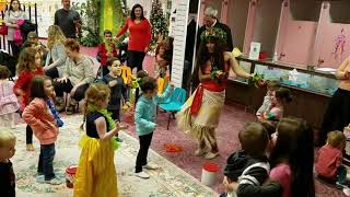 """Moana"" visits South Shore Children's Museum"
