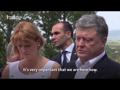 Poroshenko Visits Boundary